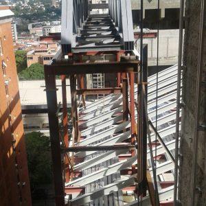 NSM Cercha entre edificios 1