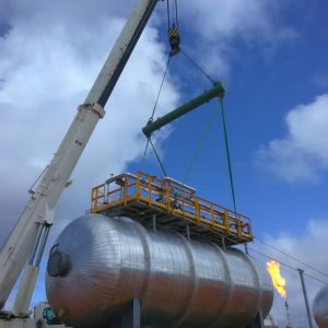 SLB Pressure Vessel with Plat on top at jobsite